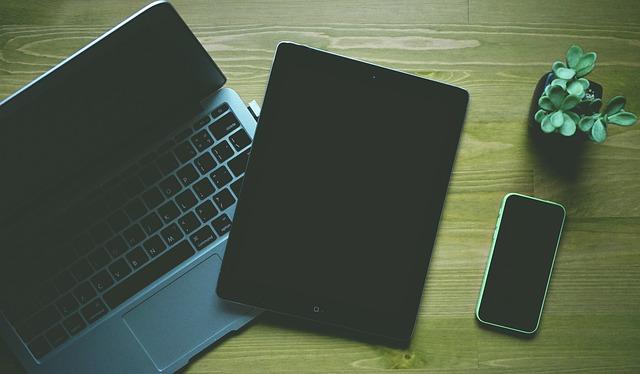 laptop ipad a mobil