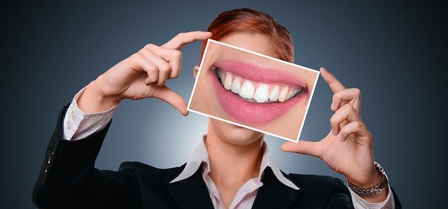 po bělení zubů